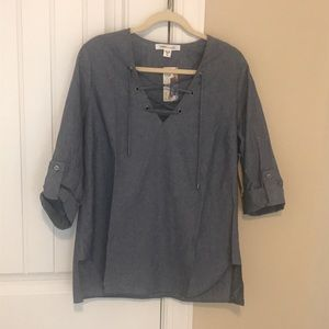 Karen Kane NWT lace-up chambray tunic